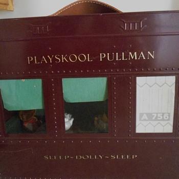 1930's Playskool Pullman Sleep Dolly Sleep Train Car - Railroadiana