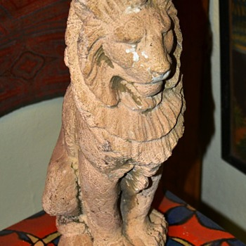 Buff Terracotta Lion - Deco?