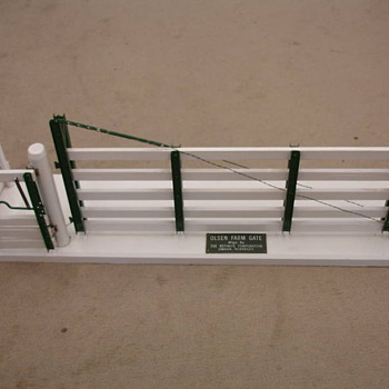 SALESMAN SAMPLE ADJUSTABLE GATE