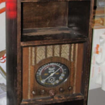 Marconi Clock & Radio