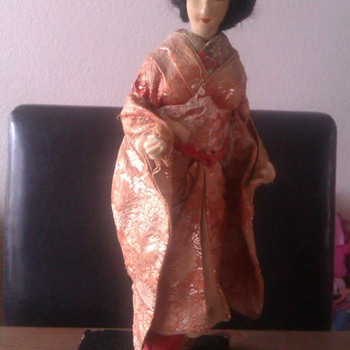 Old geisha doll - Dolls