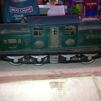 Lionel Prewar? vintage Engine 402  - Model Trains