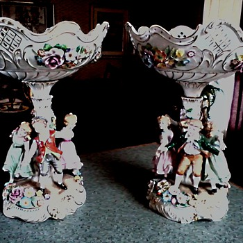 "Beautiful Pair of "" Von Scheirholz ""Porcelain Compotes/Plaue, Thuringia, Germany/ Circa 1930's-1940's"