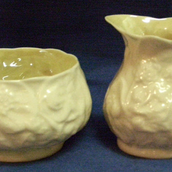 Belleek Creamer and Sugar bowl - China and Dinnerware