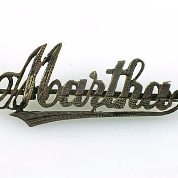 Victorian name brooch