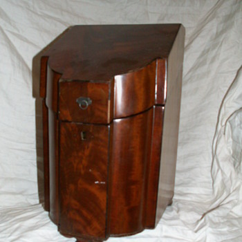 1780 English Mahogany Georgian Knife Box (Missing Internal Parts) ~ (Now) Liquor Chest =^'