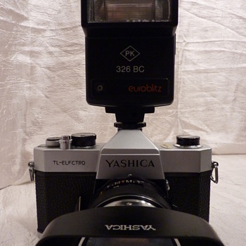 Yashica TL-Electro