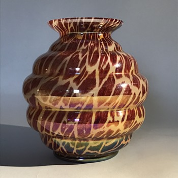 Kralik 'Tortoise Shell' Ball Vase - Art Glass