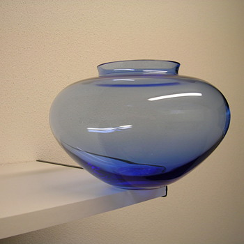 Wilhelm Wagenfeld  - Art Glass