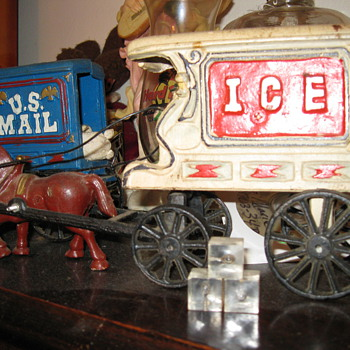 Cast Iron toys - Model Cars