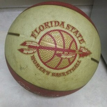 GLOW IN THE DARK FLORIDA STATE WOMENS BASKETBALL