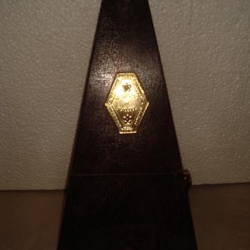 Mystery Metronome de Maelzel