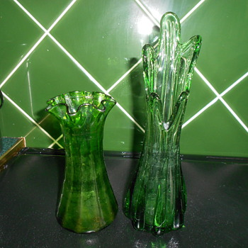 Green glass. Vintage?