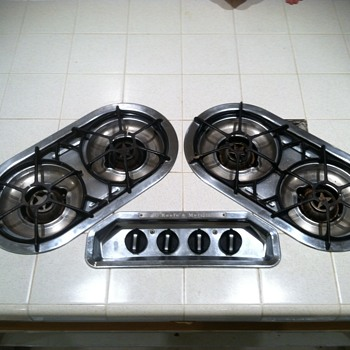 O'keefe & Merritt 236 T-13. Is this stove worth anything to anyone? - Kitchen