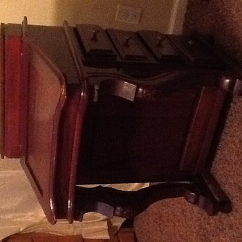 Would like some info on small secretary desk. - Furniture