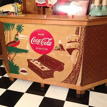 Coca Cola Portable Bar