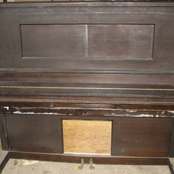 1924 Hampton player piano - Music