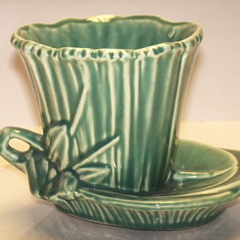 "McCoy Small Planter""Waterlily""1940-50"