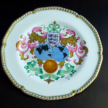 FIFA Reunion plate London 1951 - China and Dinnerware