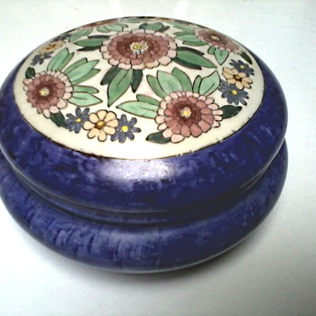 "Hand Painted Trinket Box / Uno ""Favorite"" Bavaria Mark / Circa 1916 /Burley and Tyrrell Co. Chicago Ill. Importer Circa 1912 - Art Pottery"