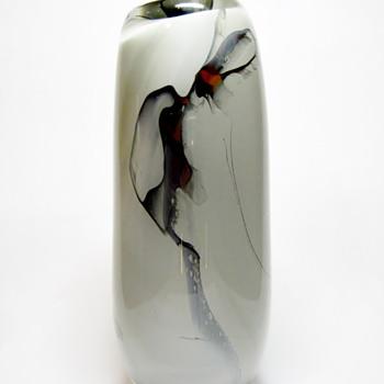 SHARON FUJIMOTO - USA  - Art Glass