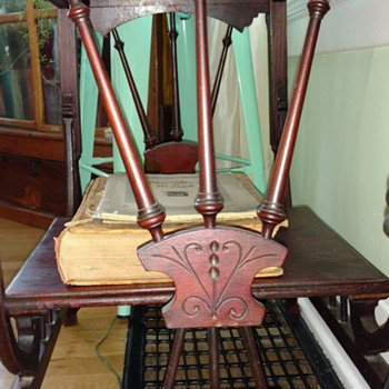 Georgian era Table with slight pivot??