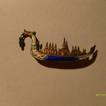 Mens Lapel Pin Thailand