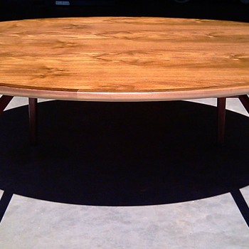 Round Danish Modern Style Coffee Table