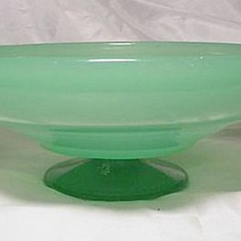 Harry Northwood Large Footed Jadite Bowl