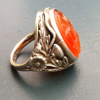 Hand wrought silver carnelian ring, double shank. - Arts and Crafts