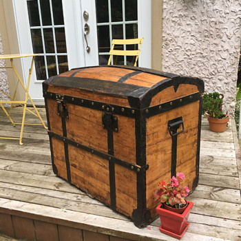 French trunk 1880's - Furniture