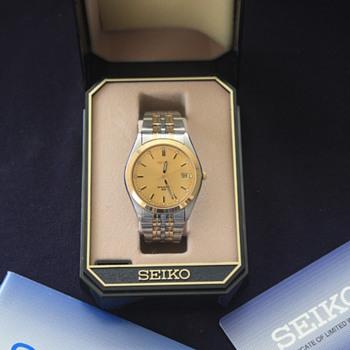 SEIKO 'Sport 50' Quartz Analog Men's Dress Wristwatch, 2000 - Wristwatches