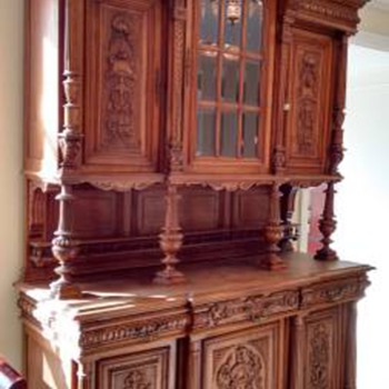 China Cabinet, Need More Info!