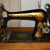 Vintage 1900 Model 27 Singer Sewing Machine