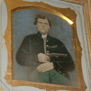 CW Soldier Large Frame tin Confederate Early War 6.5x9 approx. - Military and Wartime