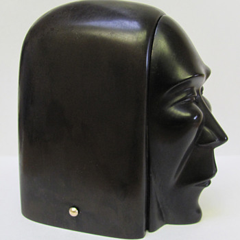 "Ever Seen This Unusual Art Deco ""Bakelite"" (??) Box Before? - Art Deco"