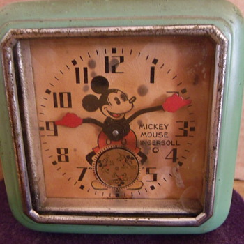 First US Variant Mechenical Mickey Mouse Clock - Clocks