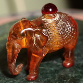 Little Resin Elephants