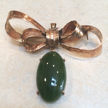 Vintage Gold And Jade Brooch/Pendant