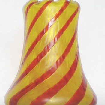 KRALIK STRIPED CANDY CANE VASE - Art Glass