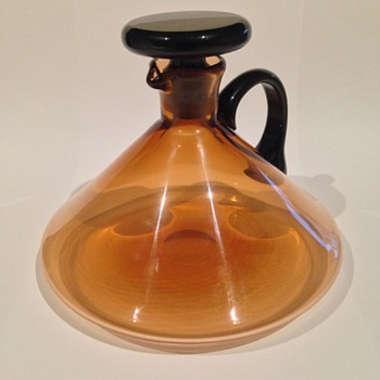 Mid-Century (?) conical amber glass decanter