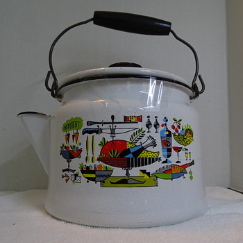 Mid Century Enamelware Kettle... Who made it? - Kitchen