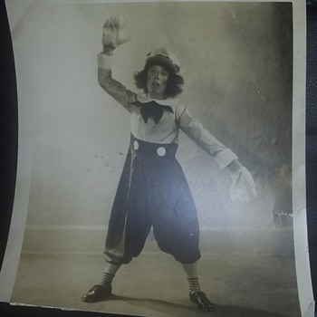 Picture of Raggedy Andy black and white circa 1929 - Photographs