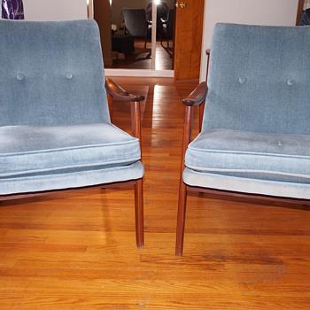 Scandinavian Mid Century Chairs - Designer?