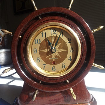 Seth Thomas antique clock.  - Clocks
