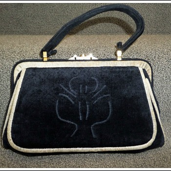 1950s Beghe Creation Italy black beige velvet cliplock handbag purse - Bags
