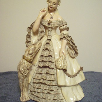 Martha Washington - Pottery