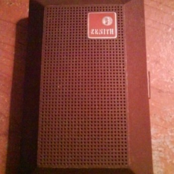 Dad's Old Transistor Radio