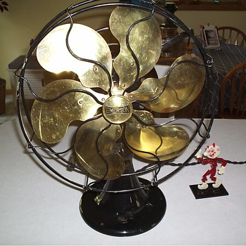 1918 Emerson Oscillating Model 24666 Fan