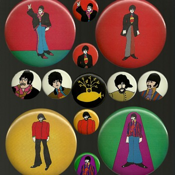 1968 The Beatles Part 2 Yellow Submarine Pinback Button's - Medals Pins and Badges